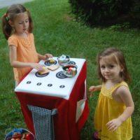 DIY: Travel Play Kitchen Set