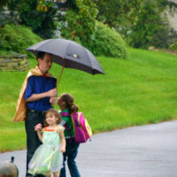 Guest Post By Mark: How to Be A Super Awesome Blog Husband
