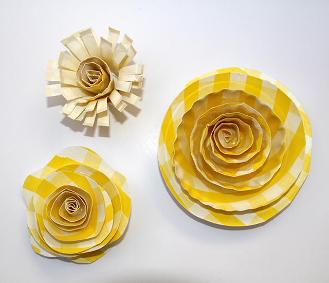 These Paper Plate Flowers look so bright and cheery  Get the full LqzATxOy