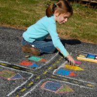 10 Ideas to Foster Creative Play with Your Kids