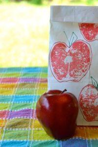 DIY School Supplies: Apple Printed Lunch Bags
