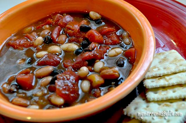 Vegetarian and Vegan Three Bean Soup