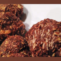 Snacks for Kids – Chocolate Almond Oat Energy Bites Recipe