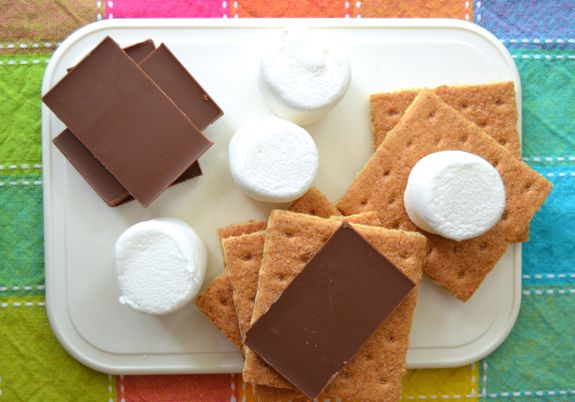 How to Make Solar S'mores