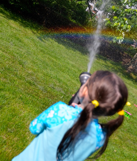 10 Ways to Play and Learn with Water Outdoors