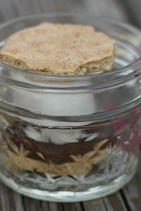How to Make S'mores in a Jar!