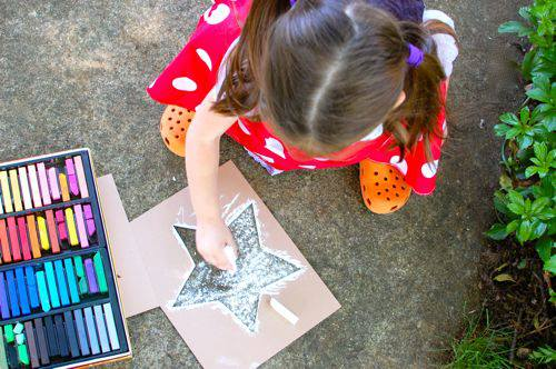Draw Stars on the sidewalk with these free printables