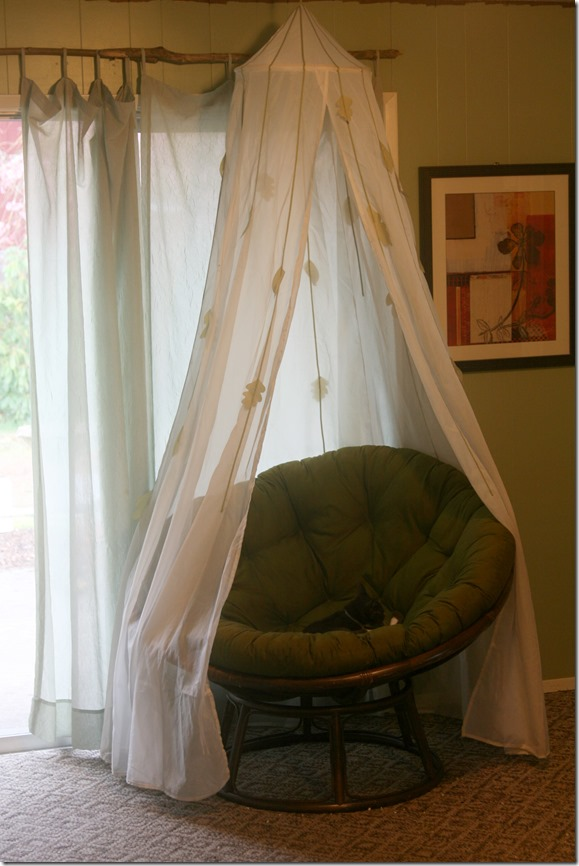 The Elements of a Perfect Book Nook