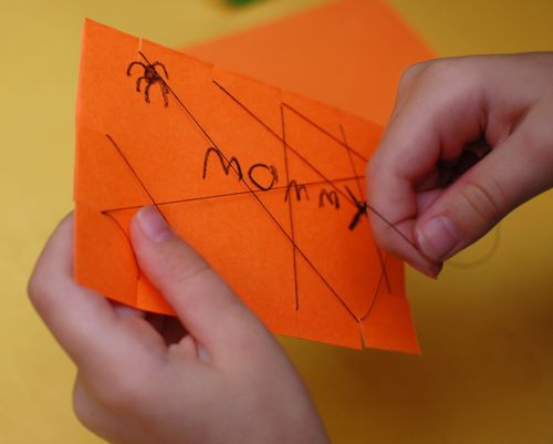 Best Spider Crafts for Kids - spider web placecards