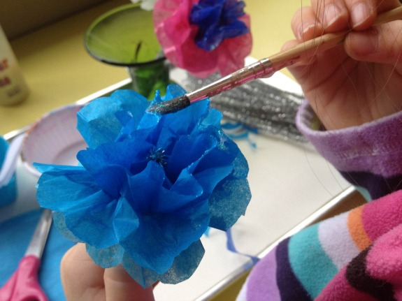 Holiday Gift Kids Can Make -- Frosty Flowers