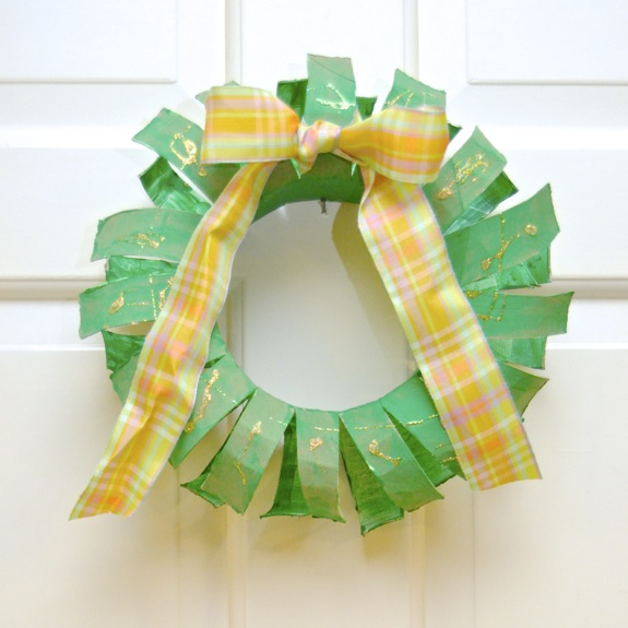 Holiday Craft for Kids -- Recycled Wreath