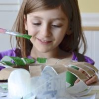 Holiday Craft for Kids – Recycled Wreath