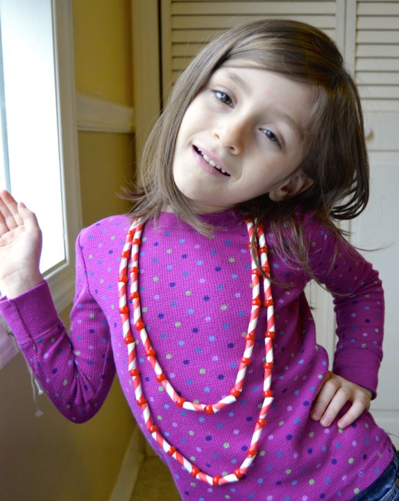 Holiday Gift Kids Can Make -- Peppermint Necklace