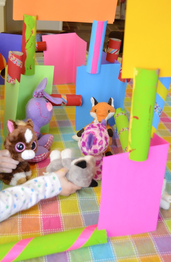 Simple Craft for Kids -- Cardboard Tube Construction Set
