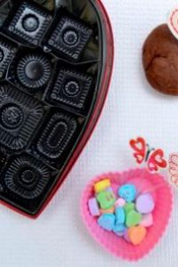No Cook Chocolate Scented Playdough Recipe
