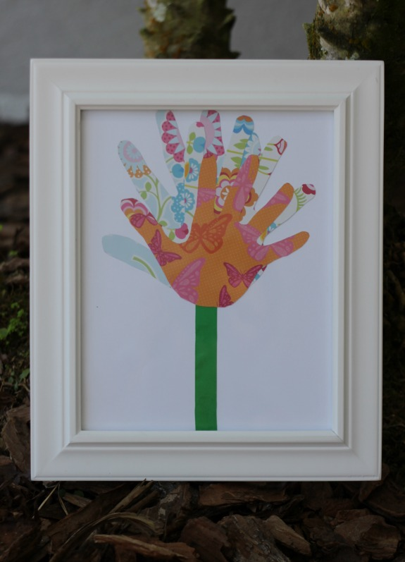 This Framed Handprint Flower Makes a Great Kid Made Mother's Day Gift!