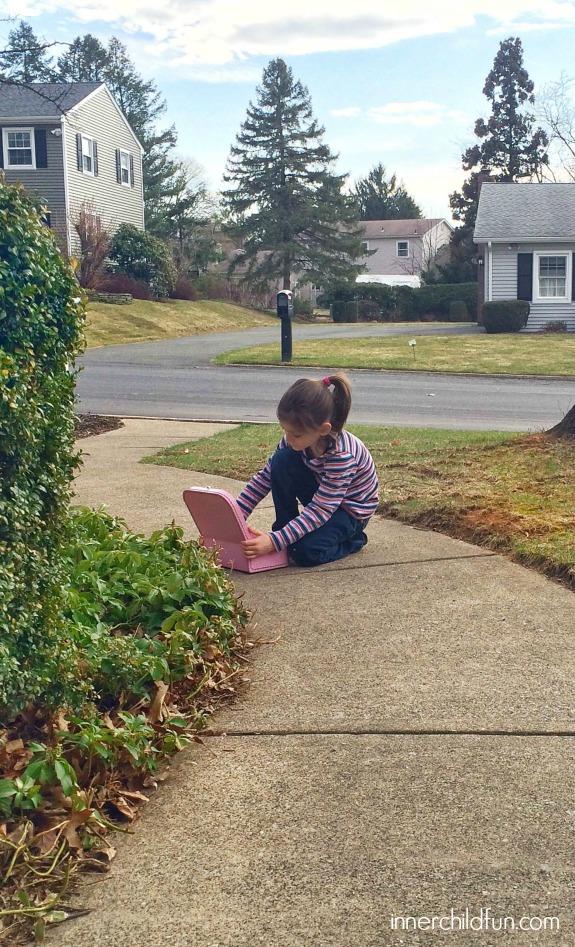 Fun Outdoor Activity Idea -- Sidewalk Suitcase