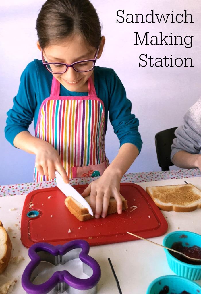 sandwich-making-station1