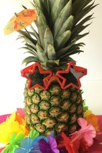 Luau Centerpieces – Quick and Easy