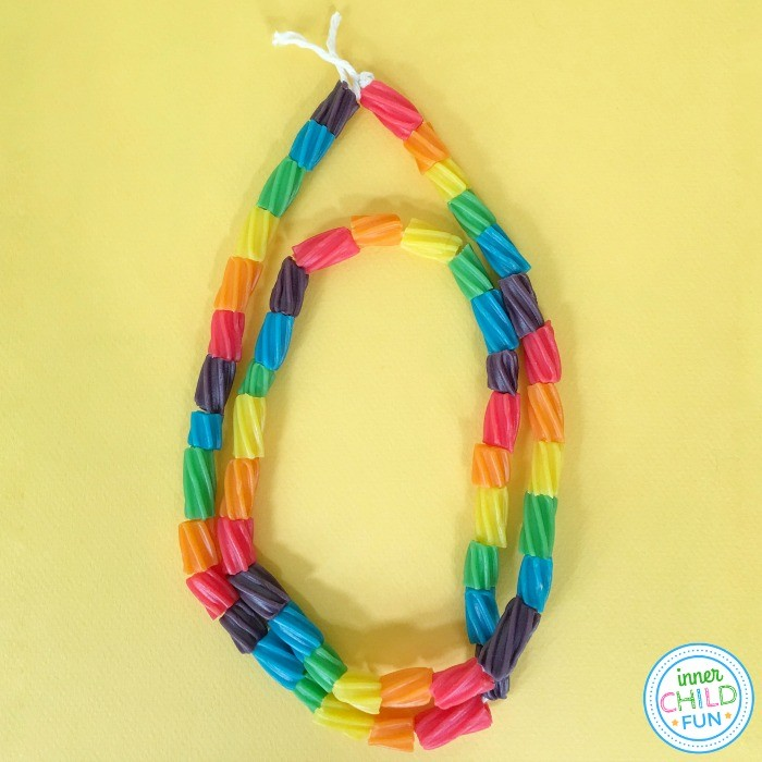 Easy Candy Necklace Party Craft