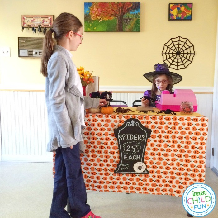 Pretend Play Ideas for Halloween
